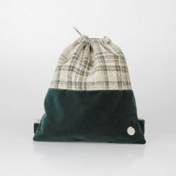 Bolso solidario estilo mochila de arpillera y terciopelo verde oscuro 4/100